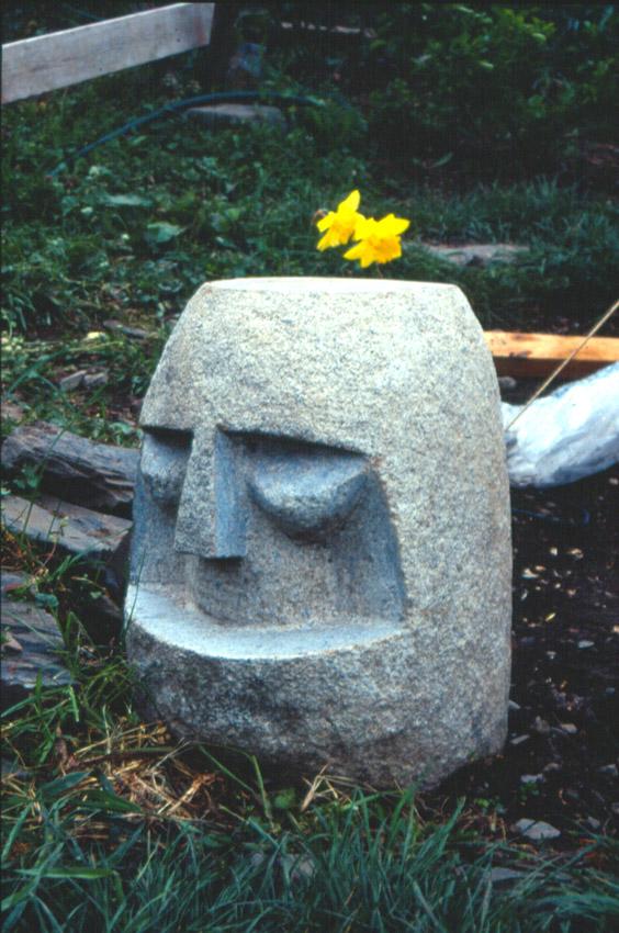 extra-terrestre-tabouret-granite.h.45-coll